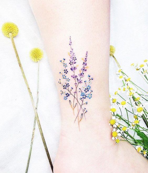 41 Best Small Flower Tattoos For Women
