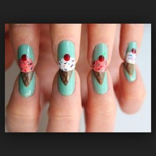 I need to have this on my nails.  I wish I had talent, but when I paint my nails it looks like a kindergartener did it with their non-dominant hand.