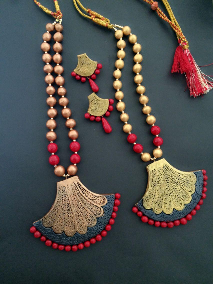 Golden And Red Terracotta Set Terracotta Jewellery Designs Terracotta Jewellery Jewelry Patterns
