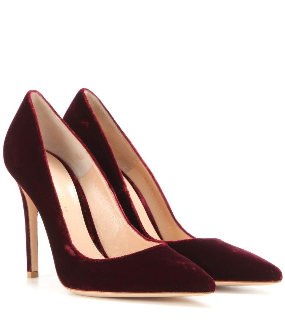 2416fa98434 GIANVITO ROSSI Gianvito 105 Velvet Pumps.  gianvitorossi  shoes  pumps