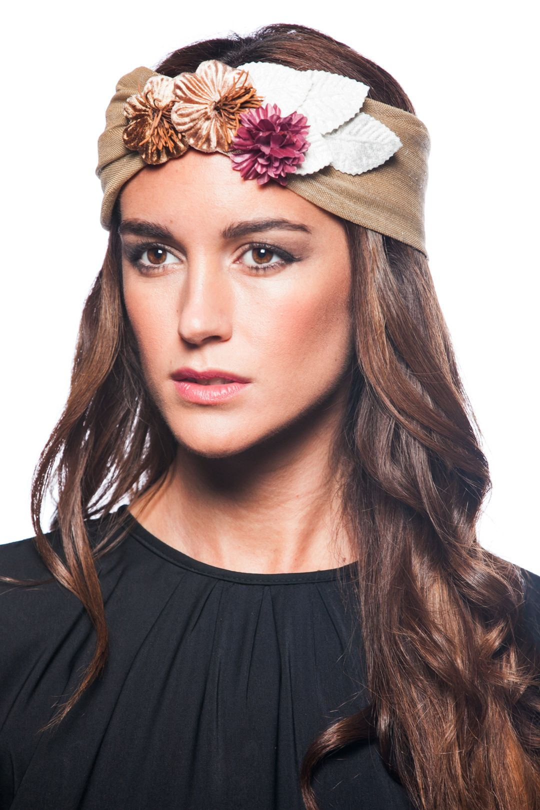 Turbante bandeau beige accesorizate pinterest for Turbante boda
