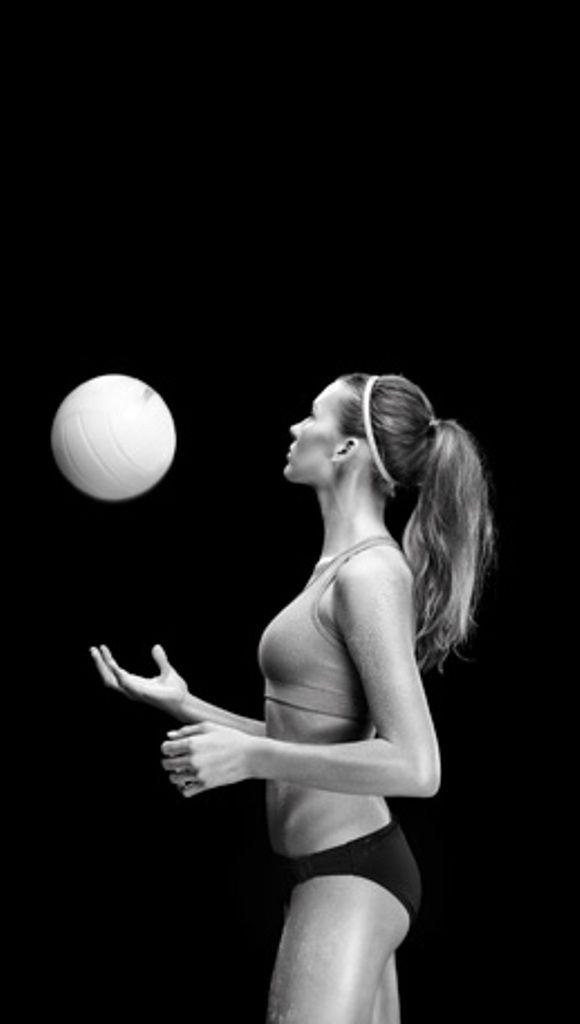 Black and white photos of erotic female athletes pic 169
