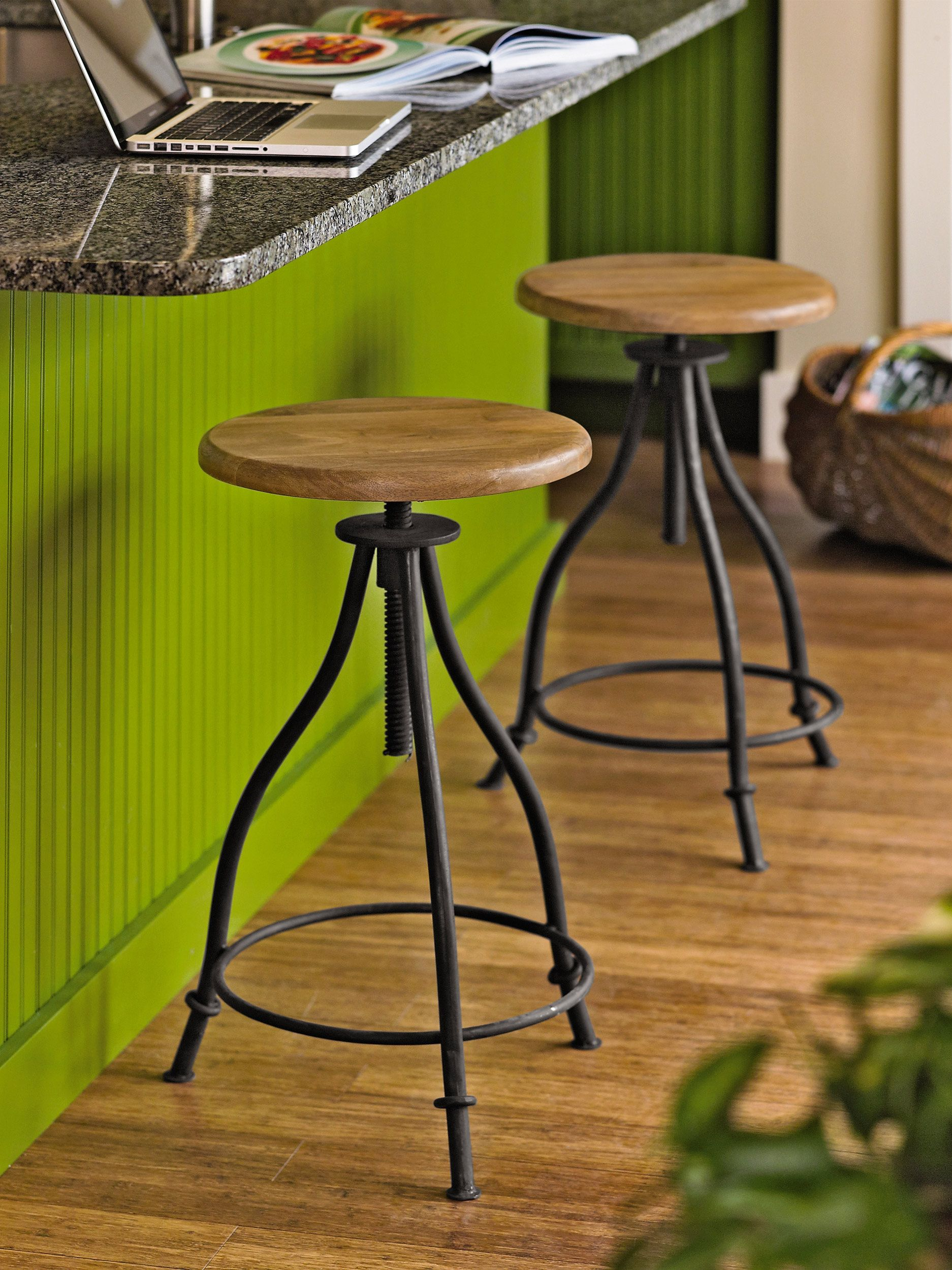 Adjustable Stool With A Vintage And Industrial Vibe Gardeners