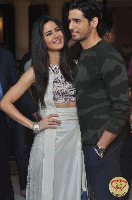 Bollywood Actors Sidharth Malhotra And Katrina Kaif Along With The Director Katrina Kaif Katrina Fashion