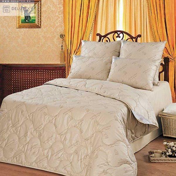 Comforter camel wool all seasonal density, size 140/205 cm,Top 100%Cotton
