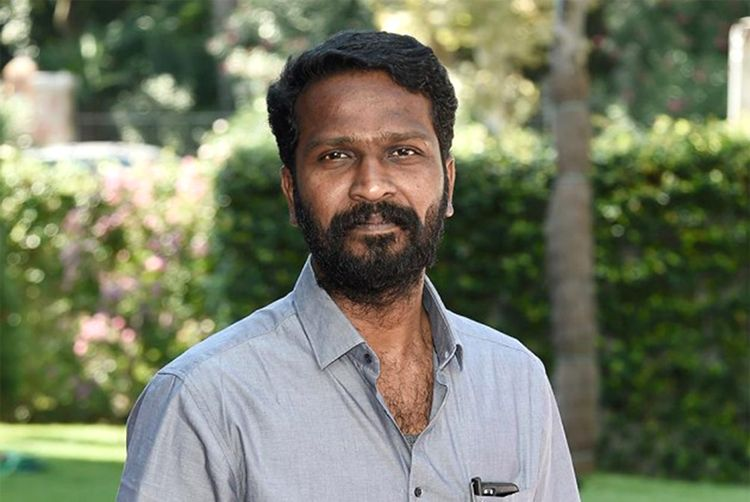 Vetri Maaran agrees to remove the first night scene from Vada Chennai