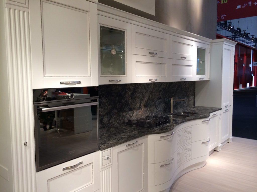 Marble Countertops A Classic Choice For Any Kitchen Kuchen Granitarbeitsplatten Granit Arbeitsplatte Kuchenrenovierung