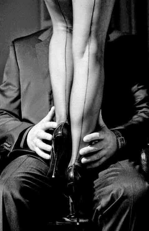 Победы ретро, картинки женские ноги на мужчине
