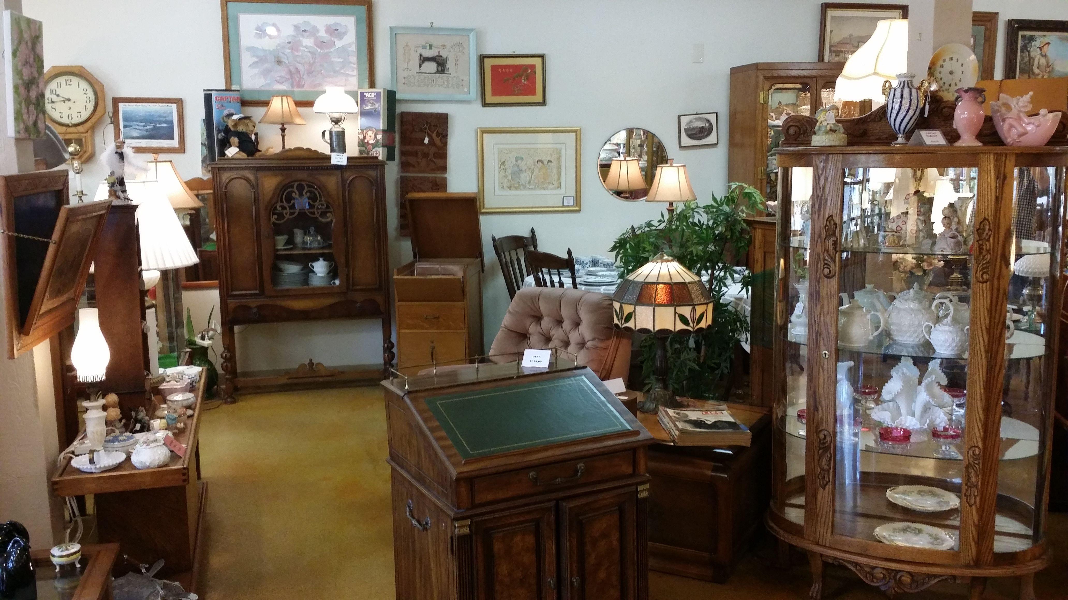 Antique At Suquies - Suquie's Treasures Antique Store merchandise displays on August 5, 2016 at 352 Pollasky, Suite 101, Clovis, California 93612