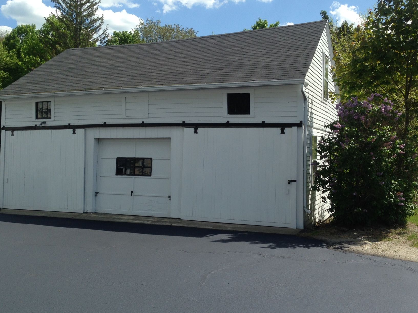 Upton Ma Single Bay Garage Storage Approx 10 Feet Wide And 20 Feet Deep Limited Power 140 Month With Images Garage Storage Upton Rent