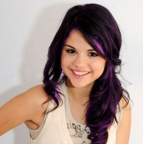 Dark Hair With Purple Inspired By Some Celebrities Selena Gomez Hair Selena Gomez Haircut Funky Hairstyles