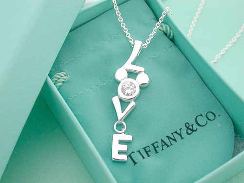 Um, this is a Tiffanys necklace with Mickey on it?? Is this for real?