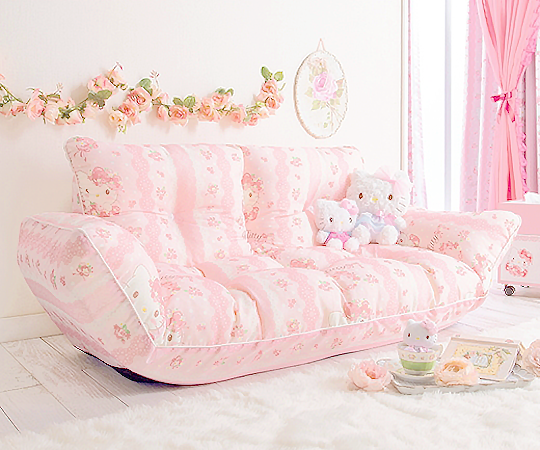 akaashie Hello Kitty Couch from kimmooo777Price 500 or