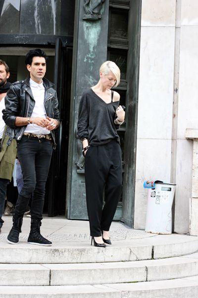 Kate doing slouchy. NYC. #KateLanphear