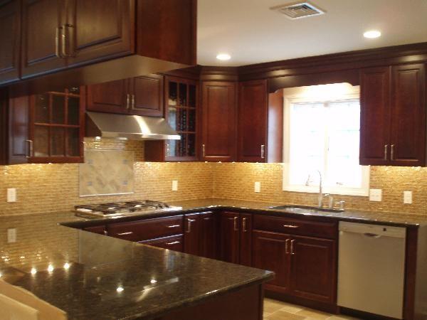 Subway Tile Backsplash With Cherry Cabinets Google Search Granite Countertops Kitchen Cherry Wood Kitchen Cabinets Cherry Cabinets Kitchen
