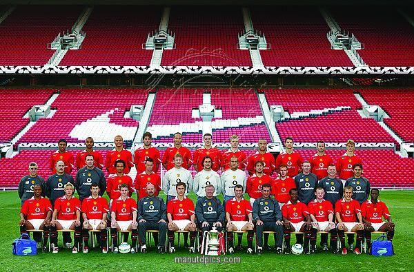 2004 05 Mancheter United Squad Manchester United Team Manchester United Manchester United Wallpaper