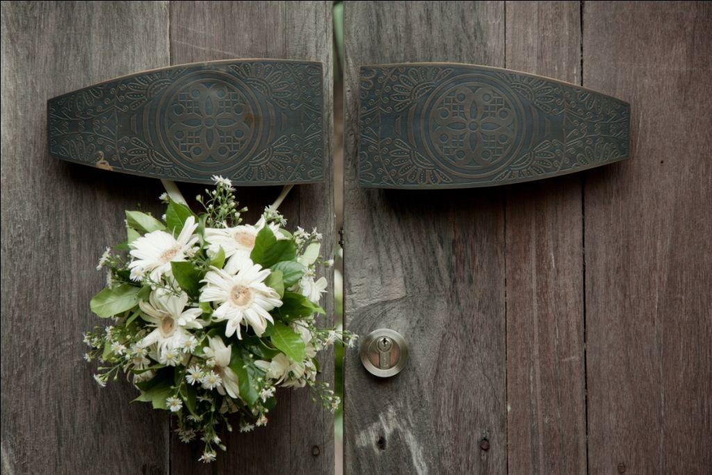 Marry me in bali flowers designed for kichul sujis wedding marry me in bali flowers designed for kichul sujis wedding marrymeinbali bali indonesiawedding decorationsflowersblossomswedding junglespirit Gallery