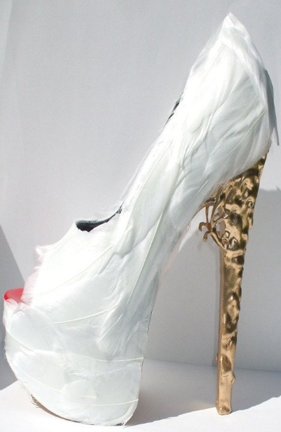 7bb2041f1dd00 White Feather Pumps w/ Brocade Heel in 2019 | Products | Shoes ...