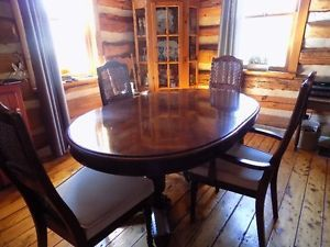 Strathroy Dining Table And Caine Back Chairs Ottawa Ottawa