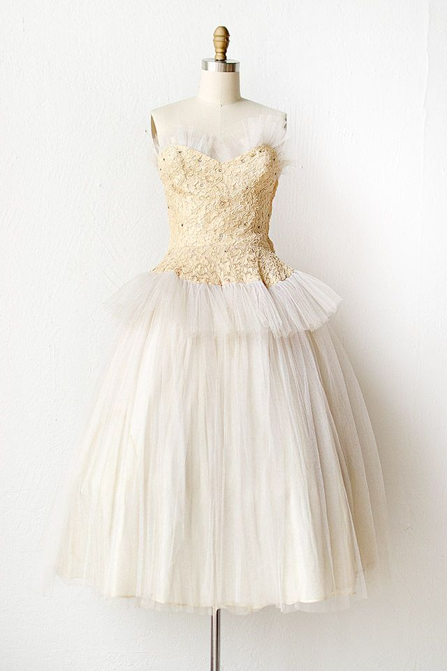 vintage 1950s lace white tulle prom dress | Swans by Moonlight Dress ...