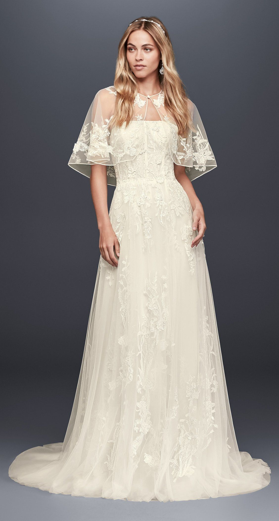 Trailing Floral Lace Wedding Gown With Capelet David S Bridal Hochzeitskleider Spitze Kleid Hochzeit Hochzeitskleider Vintage [ 2100 x 1128 Pixel ]