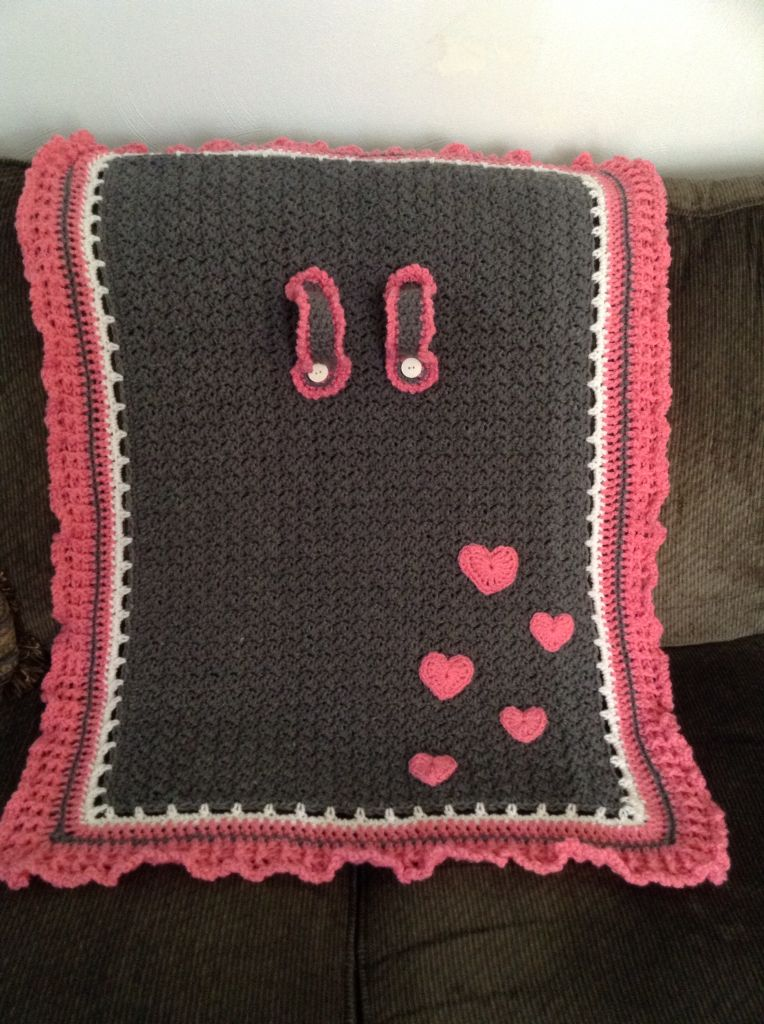 Crochet Car Seat Cover. Pink hearts By Janene | crochet mantas ...