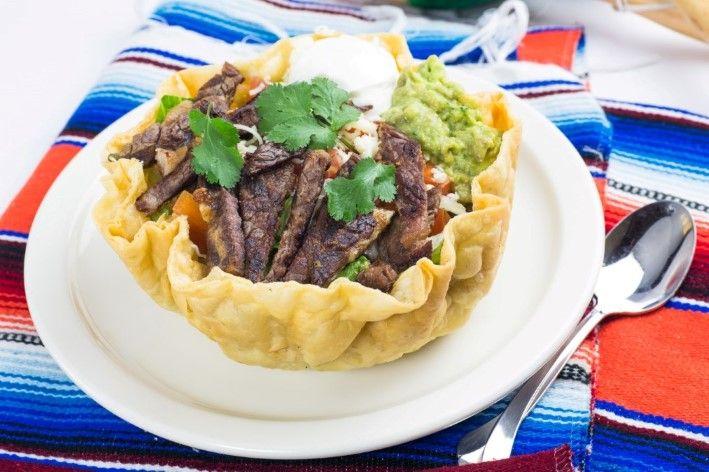 Steak Tostada at Los Burritos - 6517 Hollywood Blvd. #HollywoodBoulevard #HollywoodBlvd #Hollywood #Burrito #MexicanFood #LosBurritos #DHmagazine
