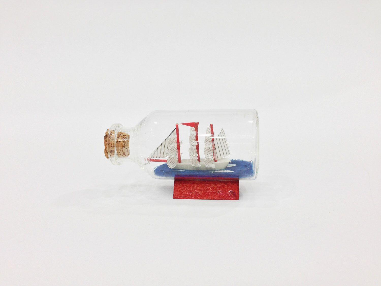 Nautical Wedding Decor Bottle Wedding Favor, Beach in a bottle, Ship ...