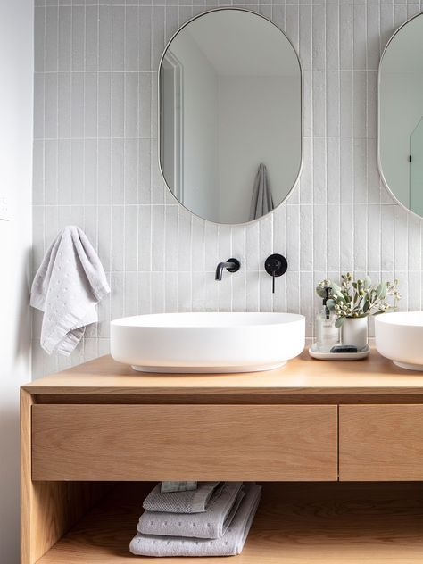 Get The look: Contemporary Vs. Coastal Bathrooms