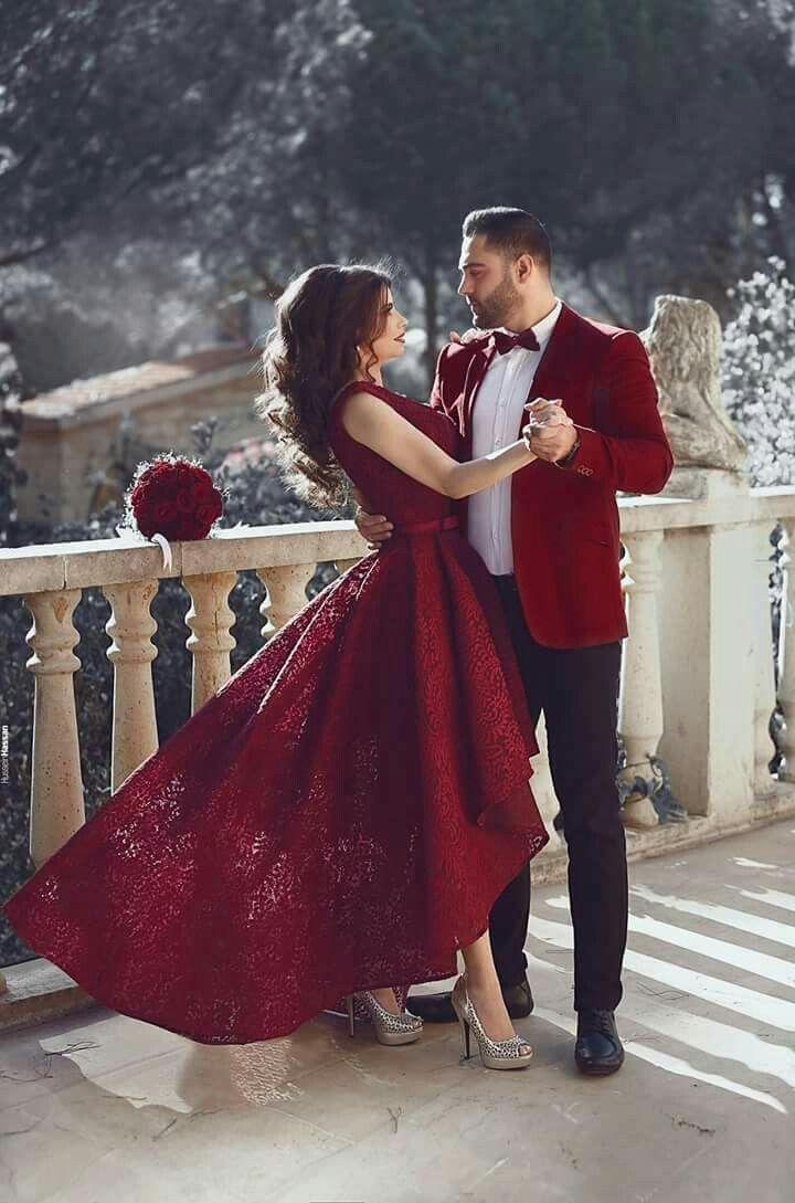 Very Cute Romantic Moment Fun Wedding Photography Wedding Poses Pre Wedding Poses