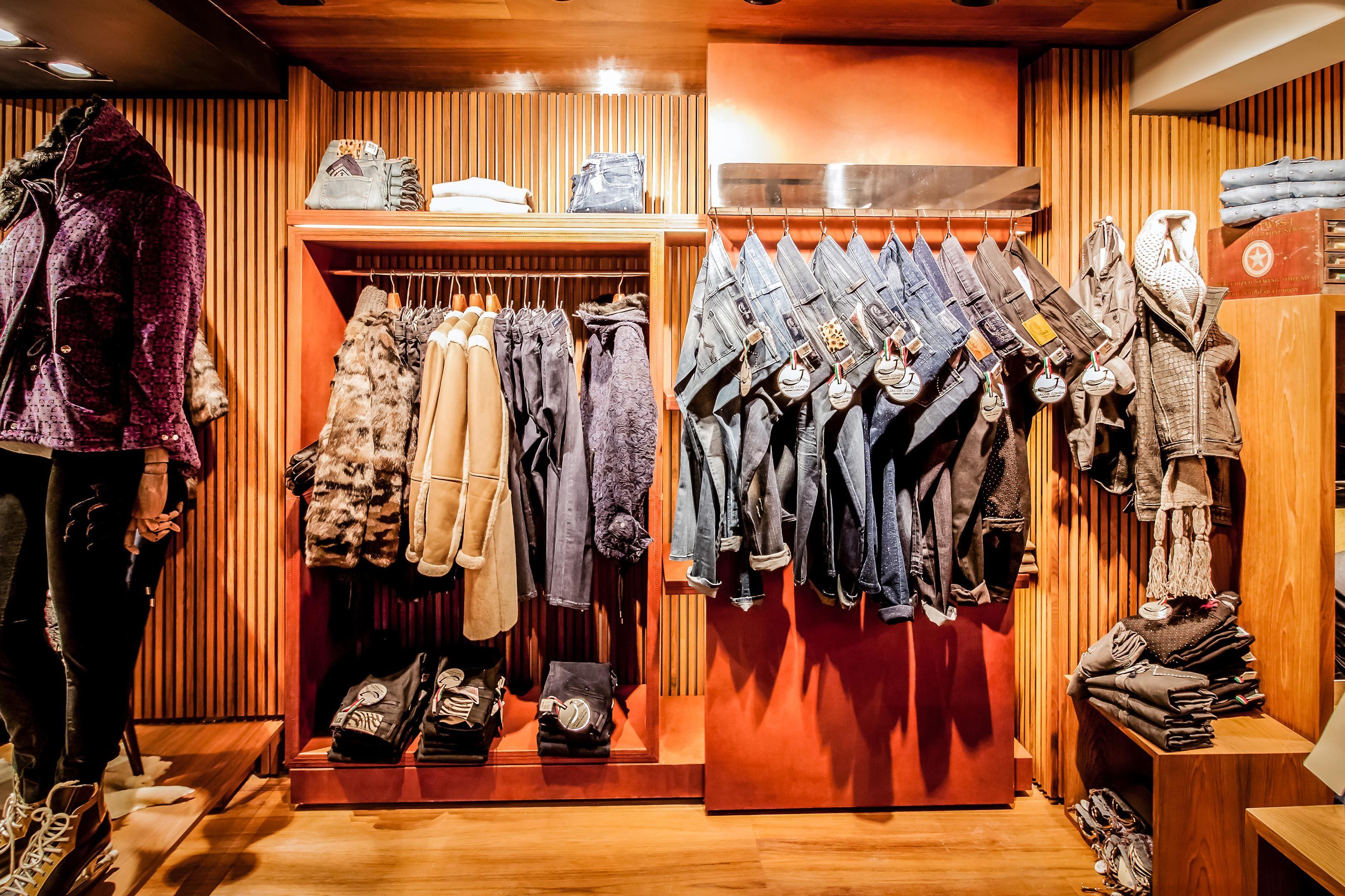 save off 2061b 84488 Jacob Cohen-Courchevel @ Saint-Bon-Terentaise | Retail ...