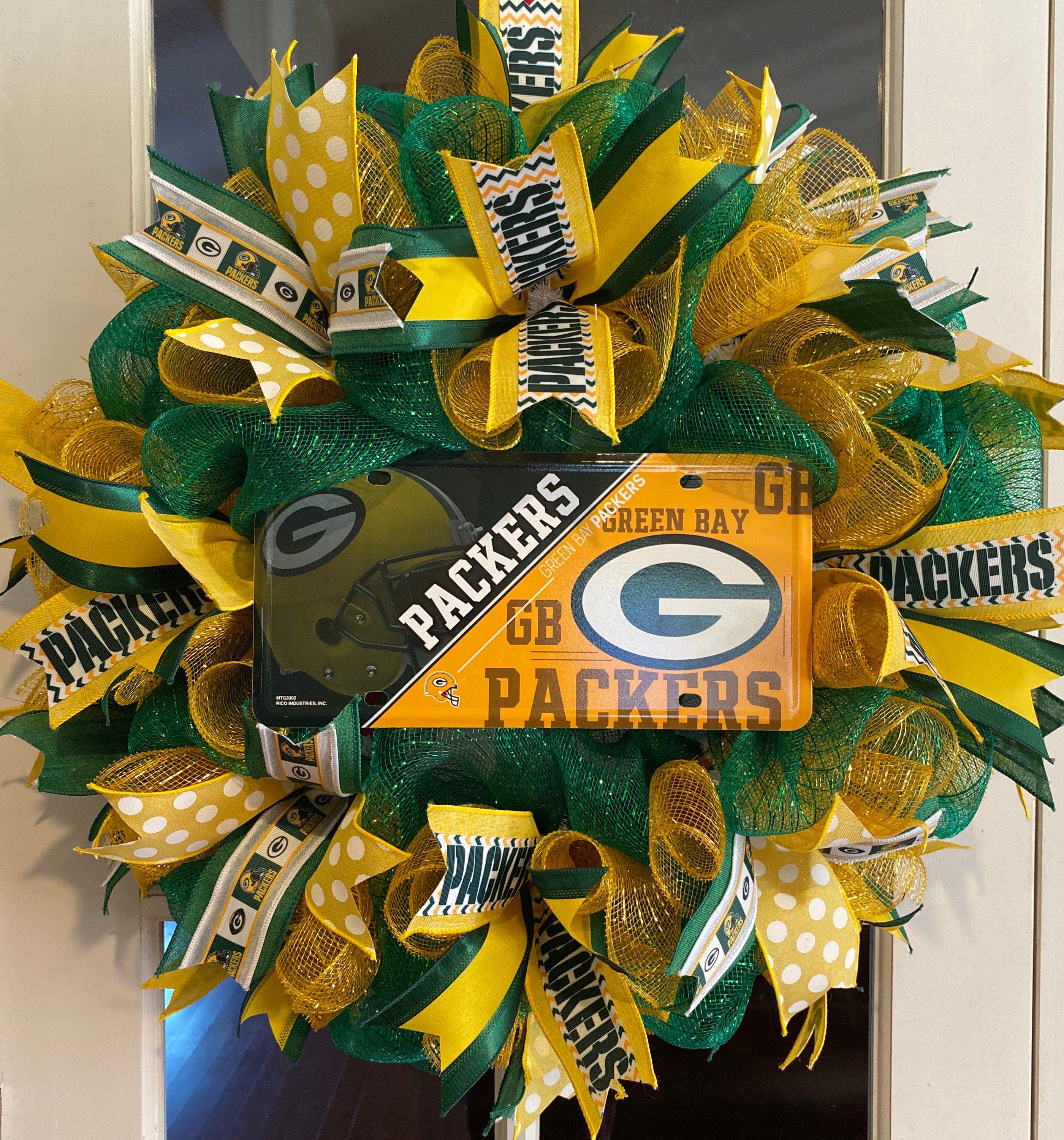 Green Bay Packers Wreath Green Bay Packers Nfl Team Etsy In 2020 Green Bay Packers Wreath Packers Wreath Wreaths