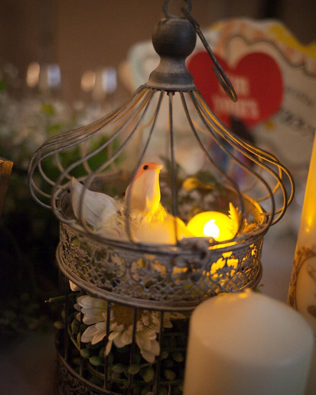 「* その⑰鳥かご(高砂:新婦側) * お色直しの間に、中に仕込んでおいた#LEDキャンドル 点灯してもらいました✨ * 17時から披露宴だったので、時間的にちょうど外が暗くなるくらいでバッチリ…」