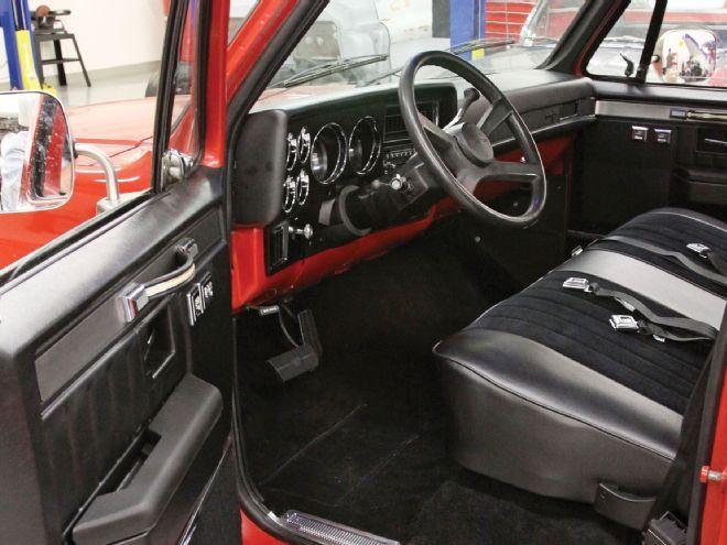 Revamping a 1985 c10 silverado interior with lmc truck for C10 interior ideas