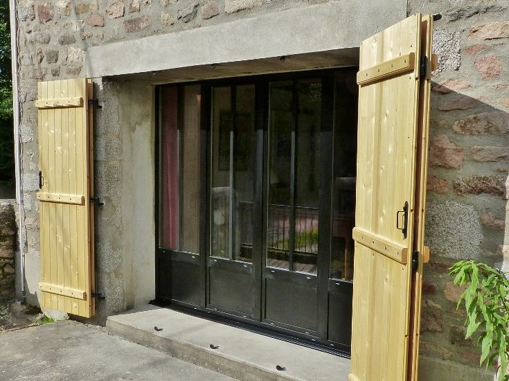 Baie vitr e alu fa on atelier porte garage pinterest for Baie vitree interieure type atelier