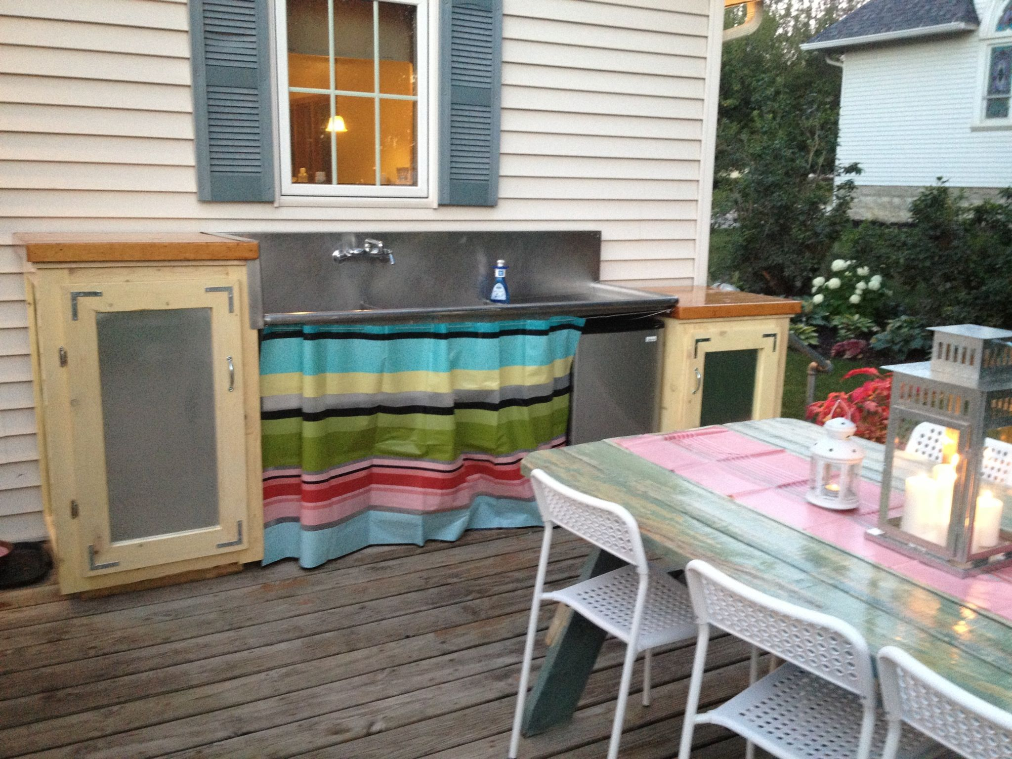 Outdoor Kitchen Made From A Salvaged Commercial Sink Sink Plumbed Directly To Indoor Kitchen Plumbing Wit Glass Backsplash Kitchen Diy Plumbing Butcher Block