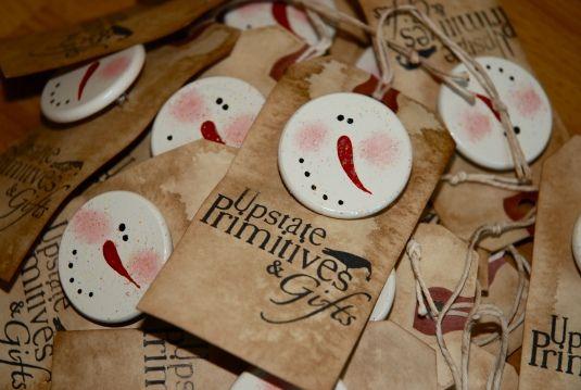 Snowman Pins & Magnets