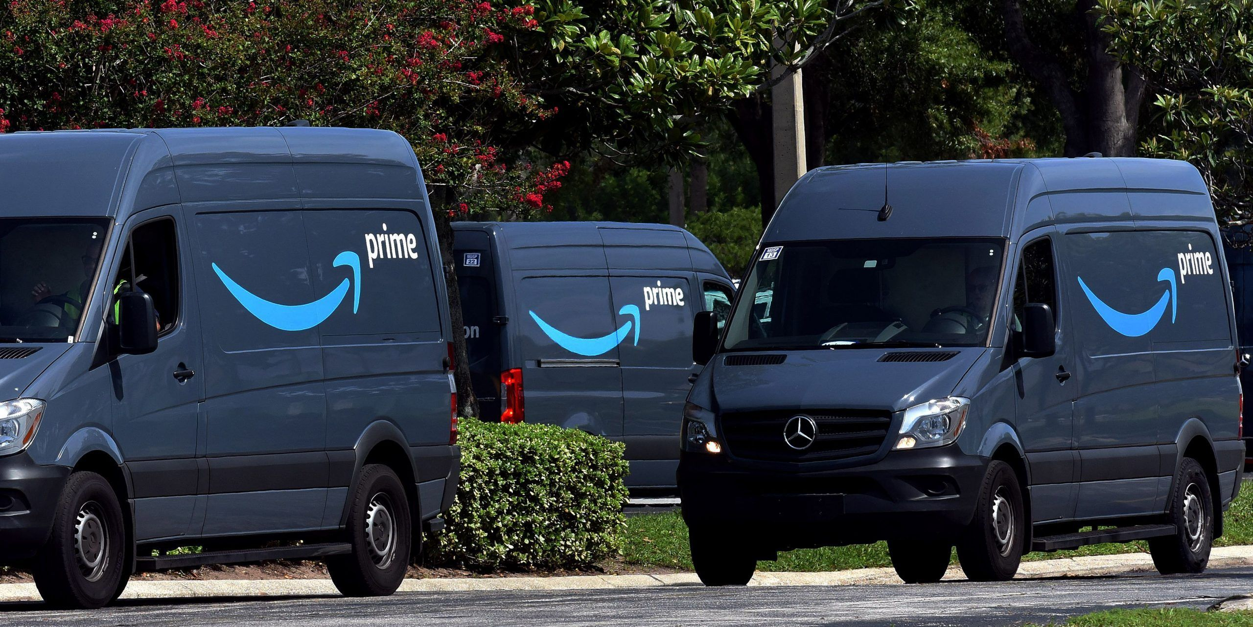 Amazon buying so many commercial vans its a boom for