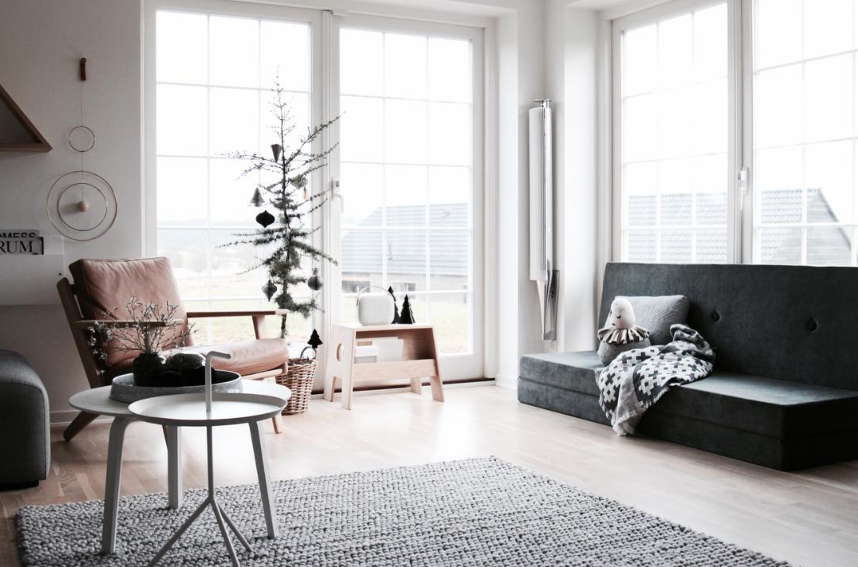 lillely_ shared this amazing Scandinavian B&O Home on Instagram ...