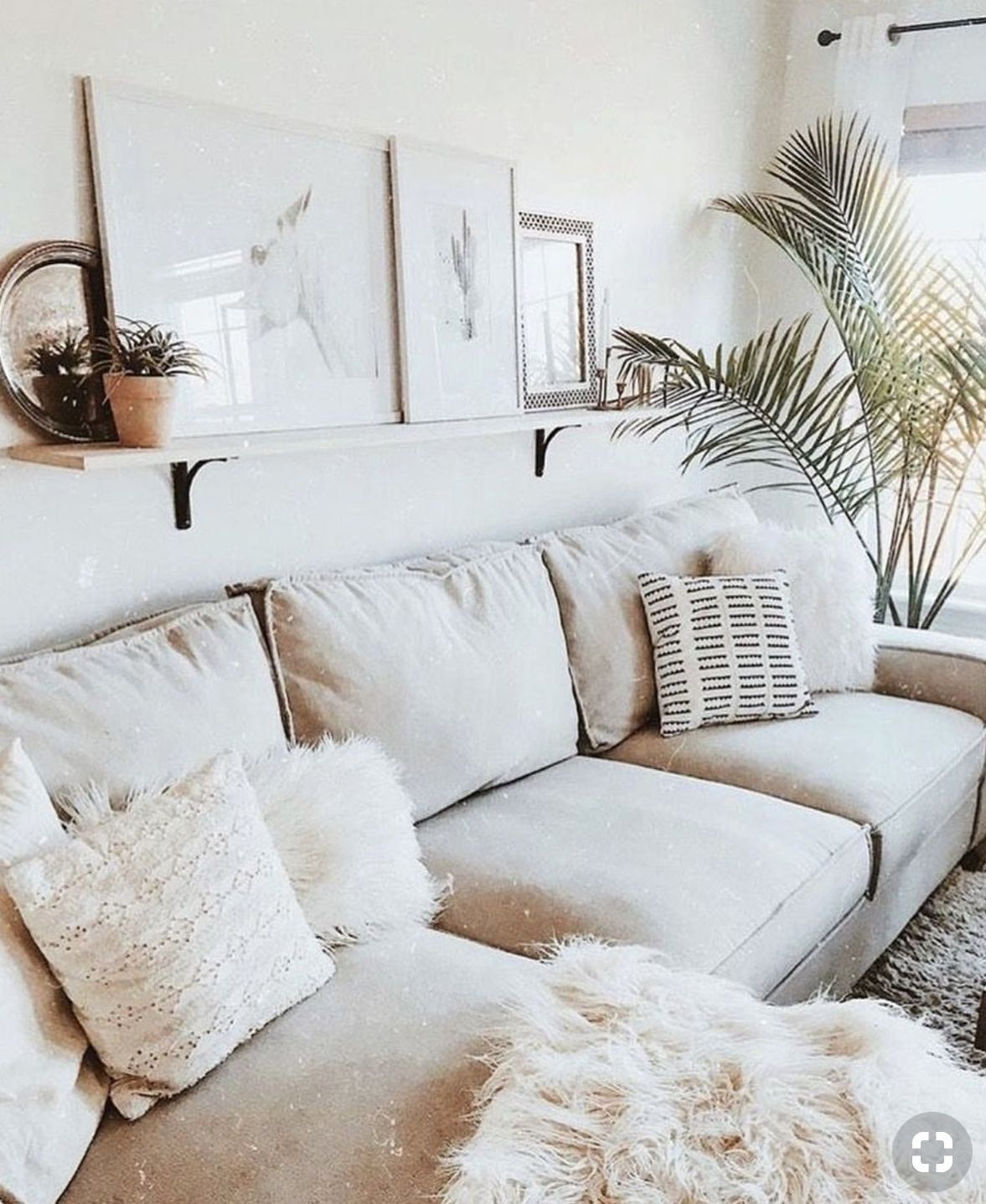 Small Living Room Decorating Ideas Pinterest Luxury Pinterest Marley Sue In 2020 Romantic Living Room Scandinavian Design Living Room Small Living Room Decor