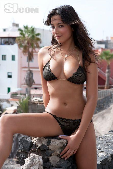 07e3a9a6c7 Jessica Gomes - Sports Illustrated Swimsuit 2009 Location  Tenerife ...