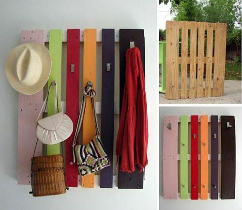 Möbel Aus Holz Paletten U2013 46 Einzigartige Tipps Für Sie   Aufhänger Flur  Kleider Hut Taschen