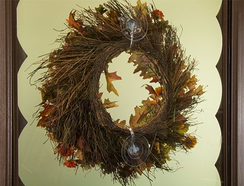 How To Hang Wreaths On Exterior Window Or Door Glass In Windy Areas: Use 2  Clear Giant Suction Cup Wreath Holders! #HolidayTip