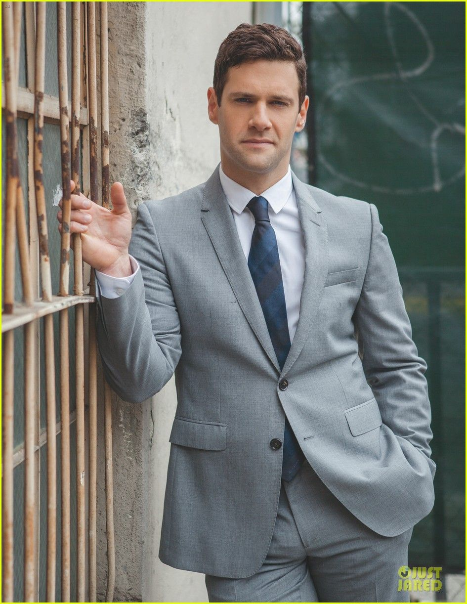 justin bartha biography