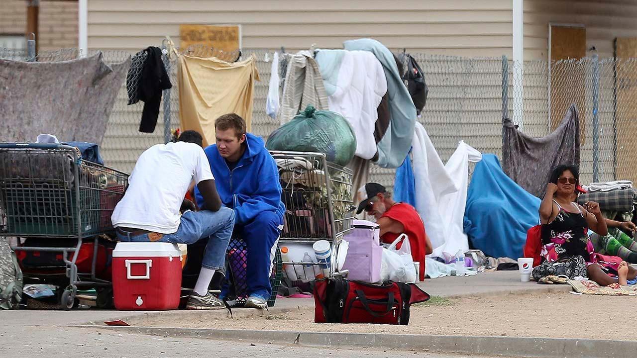 Homelessness Jumps 12 Percent Across Los Angeles County Despite 619m In Spending Fox News Homeless Los Angeles County Homeless People