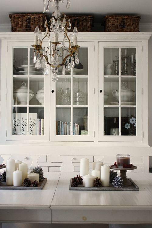 baskets on top of black cupboard love kitchen pinterest deko winterdeko und m bel. Black Bedroom Furniture Sets. Home Design Ideas
