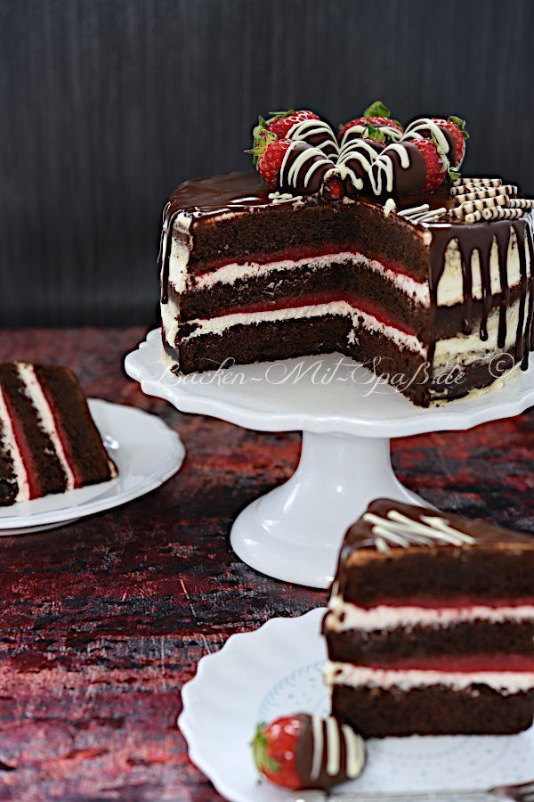 Photo of Strawberry and chocolate cake with mascarpone cream