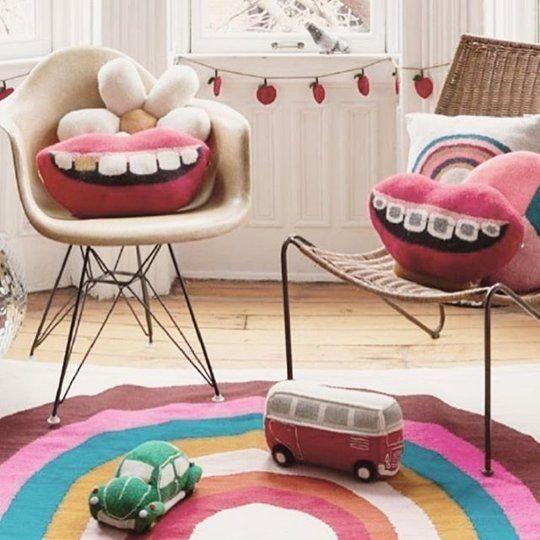 oeuf decor pop up in new york city isabel anne pinterest rangement b b tapis et mobilier. Black Bedroom Furniture Sets. Home Design Ideas