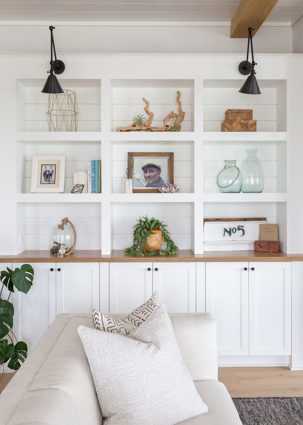 Beach House Living Room Built In Shelves Shelf Sty