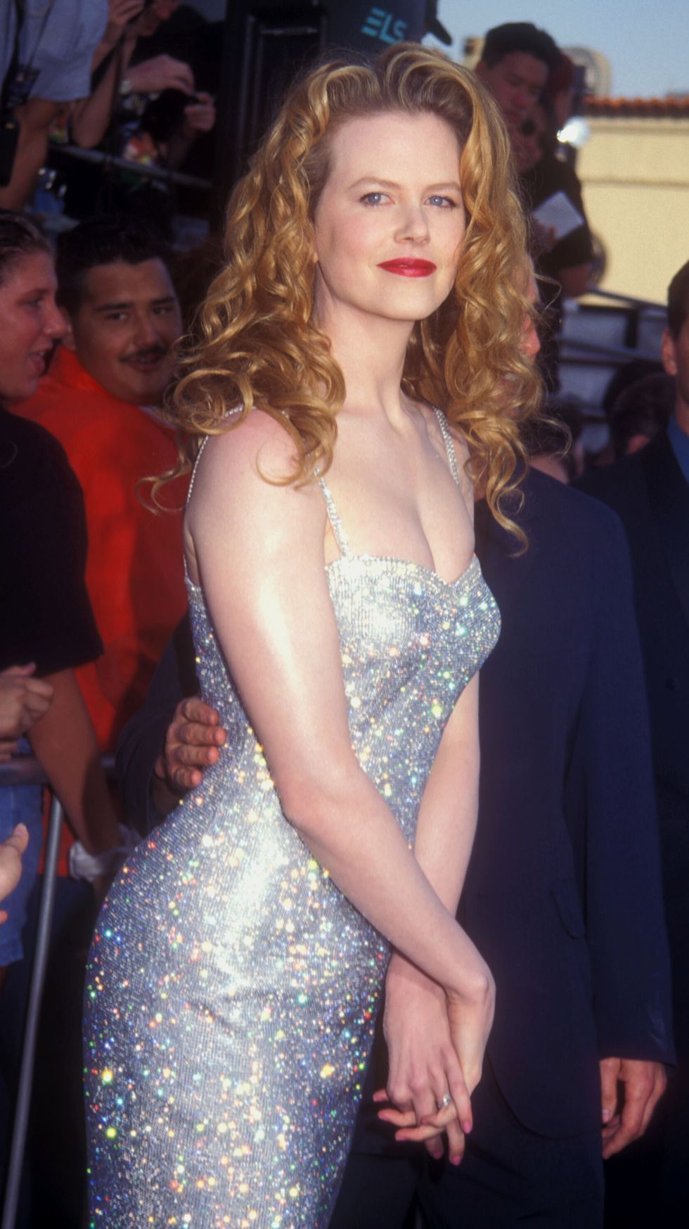 26 Outfits From The 90s Your Wardrobe Needs This Fall Fashion Sparkly Fashion Nicole Kidman [ 1747 x 980 Pixel ]